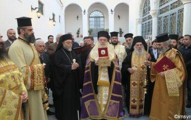 Υποδοχή Τιμίου Λειψάνου της Αγίας Άννης στην Ερμούπολη (ΦΩΤΟ)
