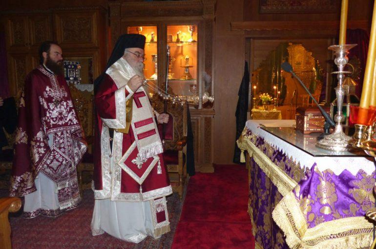 Εσπερινή Προηγιασμένη Θ. Λειτουργία στον Μητροπολιτικό Ναό Καστορίας (ΦΩΤΟ)