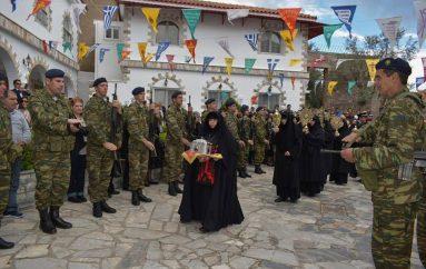Ο εορτασμός των Αγ. Ραφαήλ, Νικολάου και Ειρήνης στη Θερμή Λέσβου (ΦΩΤΟ)