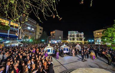 Η Περιφορά του Επιταφίου στην Ι. Μητρόπολη Λαγκαδά (ΦΩΤΟ)