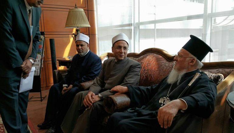 Στο Κάιρο ο Οικουμενικός Πατριάρχης για τριήμερη επίσκεψη (ΦΩΤΟ)