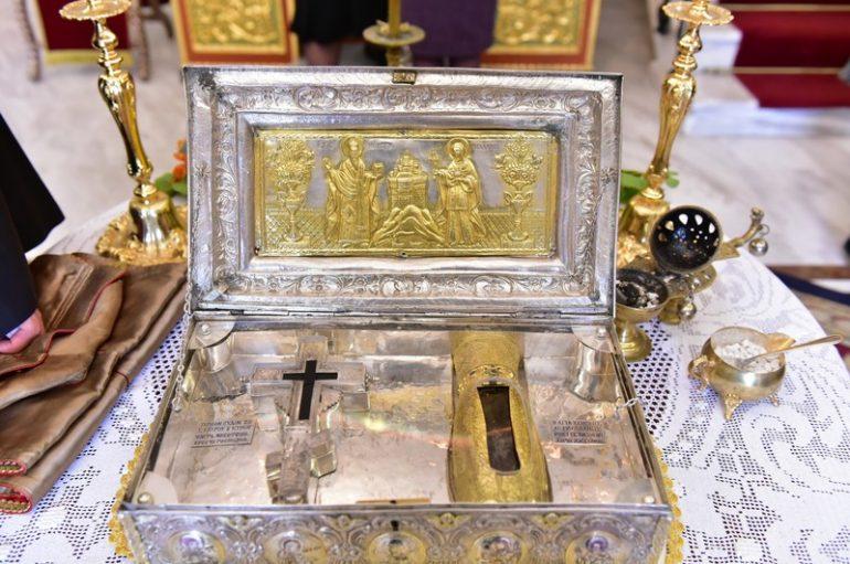 Το Τίμιο Ξύλο και η άφθαρτη χείρα της Αγίας Μαρίας της Μαγδαληνής στη Ν. Φιλαδέλφεια