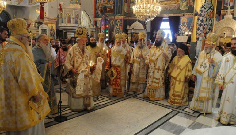 Χιλιάδες πιστοί τίμησαν τον Άγιο Ιωάννη το Ρώσο στο Νέο Προκόπιο (ΦΩΤΟ)