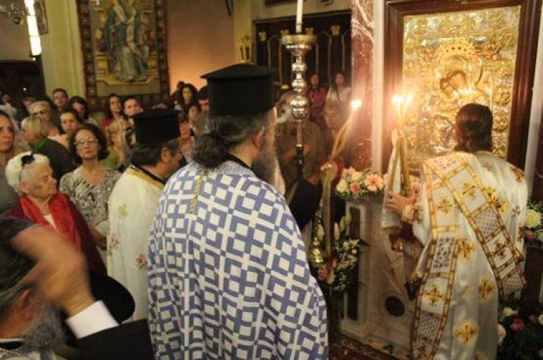 """Η Παναγία """"Άξιον Εστί"""" ενθρονίστηκε στο Μητροπολιτικό Ναό Κέρκυρας (ΦΩΤΟ)"""