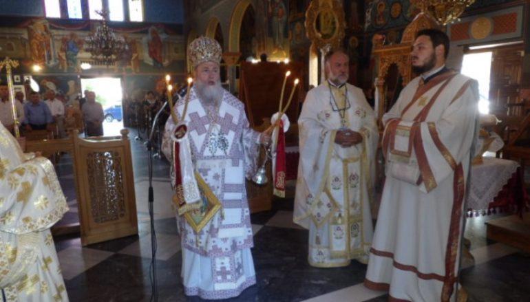 Η εορτή του Αγίου Πνεύματος στο Δερβένι Κορινθίας (ΦΩΤΟ)