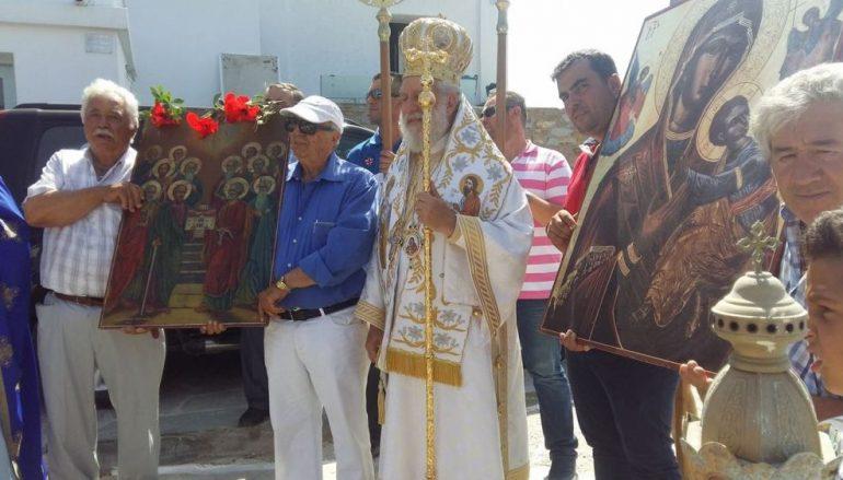 Ο Μητροπολίτης Σύρου στον Ναό της Παναγίας της «Κανάλας» (ΦΩΤΟ)
