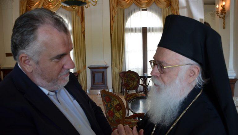 Συνέντευξη του Αρχιεπισκόπου Αλβανίας στο larissanet.gr (BINTEO)