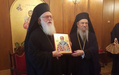 Ο Αρχιεπίσκοπος Αλβανίας στην Ι. Μητρόπολη Λαρίσης (ΦΩΤΟ)