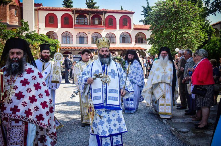 Η εορτή του Αγ. Πνεύματος στην Ι. Μονή Αγίας Τριάδος Πέντε Βρύσεων (ΦΩΤΟ)