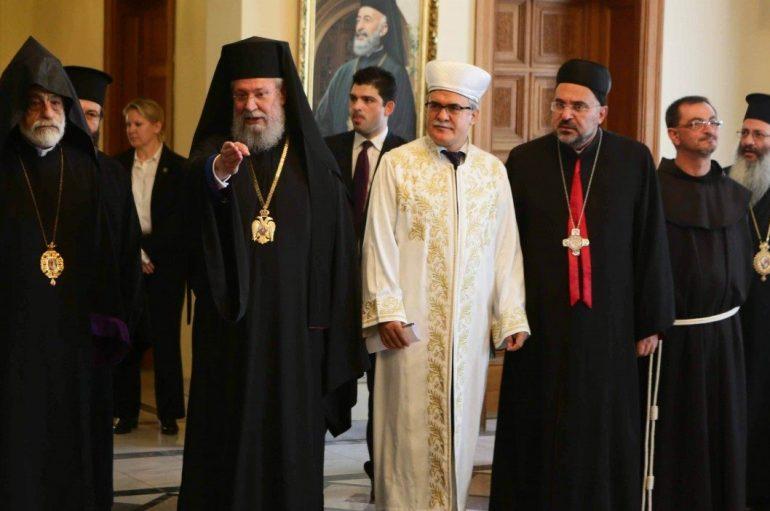 Υπέρ της επανένωσης της Κύπρου οι θρησκευτικοί της ηγέτες