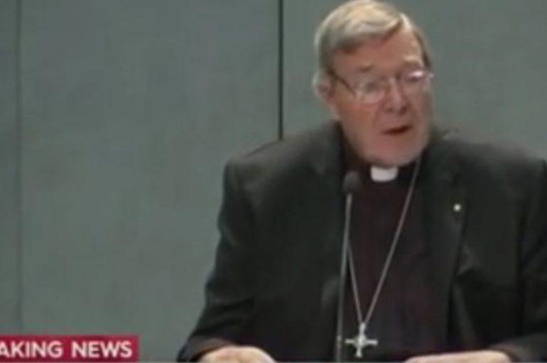 Καρδινάλιος του Βατικανού σε αργία για ηθικά σκάνδαλα