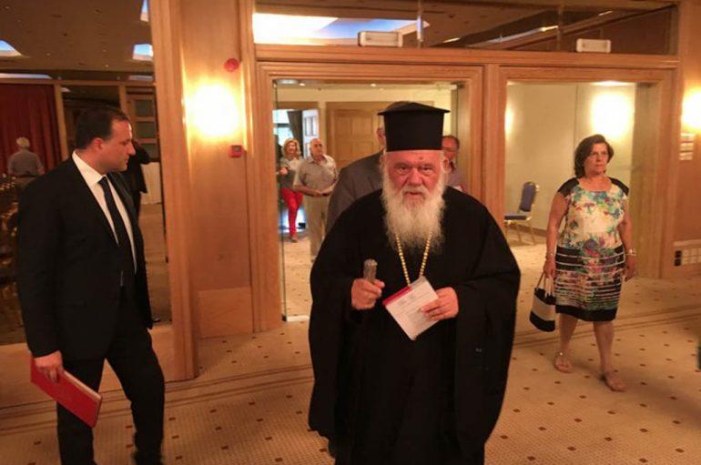 """Αρχιεπίσκοπος: """"Η ηθική της υγείας δεν μπορεί να είναι ηθική σκοπιμότητας"""""""