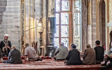 Ισλαμικό τέμενος ξεκίνησε να λειτουργεί μέσα σε Χριστιανικό Ναό