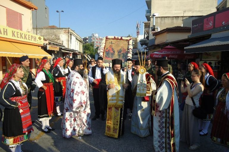 Υποδοχή Εικόνας της Αγίας Τριάδος στην Ι. Μ. Μαρωνείας (ΦΩΤΟ)
