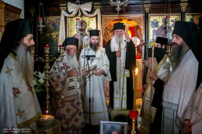 Ο Αρχιεπίσκοπος στο Μνημόσυνο της Καθηγουμένης Ι. Μονής Δαυλείας (ΦΩΤΟ)
