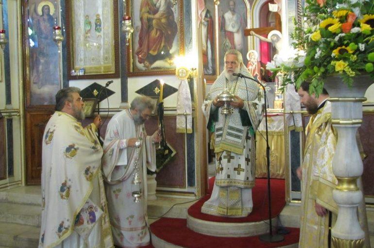 Η εορτή των Αγίων Αναργύρων στο Μάννα της Σύρου (ΦΩΤΟ)