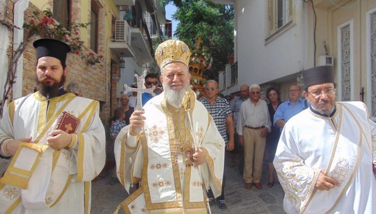 Η Σκιάθος εόρτασε την Πολιούχο της Παναγία Εικονίστρια (ΦΩΤΟ)
