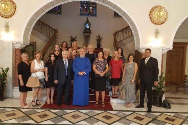 Στον Αρχιεπίσκοπο Κύπρου ομογενείς εκπαιδευτικοί από την Αμερική