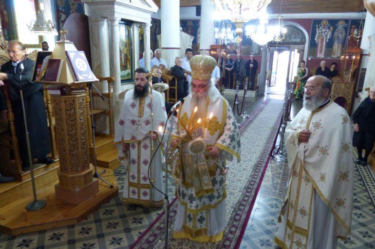 Αρχιερατική Θεία Λειτουργία στην Ιεροπηγή Καστοριάς (ΦΩΤΟ)