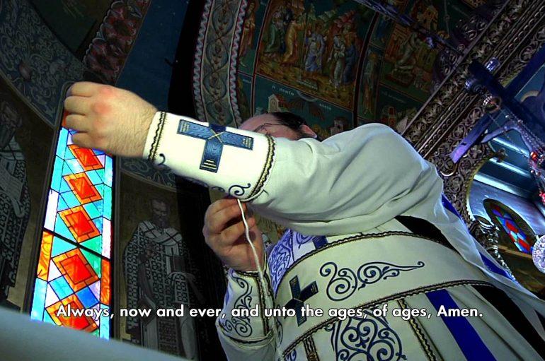 Πώς ενδύεται ο κληρικός πριν την Θεία Λειτουργία; (ΒΙΝΤΕΟ)