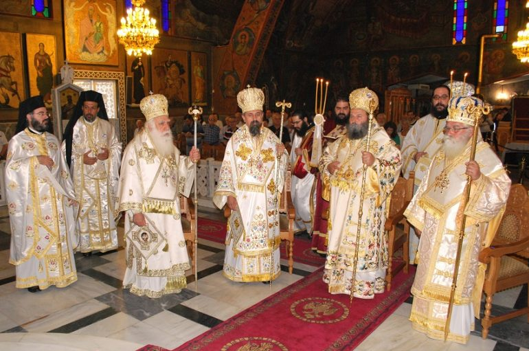 Το Παλαιό Φάληρο εόρτασε τον Πολιούχο του Άγιο Αλέξανδρο (ΦΩΤΟ)