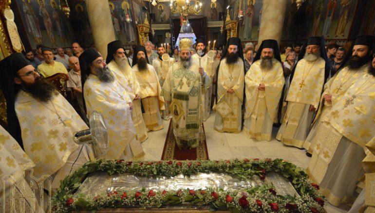 Λαμπρός ο εορτασμός της Οσίας Θεοδώρας στη Θεσσαλονίκη (ΦΩΤΟ)