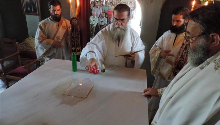 Εγκαίνια ανακαινισθέντος Ιερού Ναού από τον Μητροπολίτη Άρτης (ΦΩΤΟ)