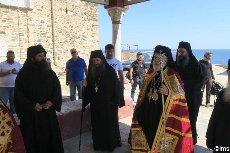 Στην Μονή Παντοκράτορος του Αγίου Όρους ο Μητροπολίτης Σύρου (ΦΩΤΟ)