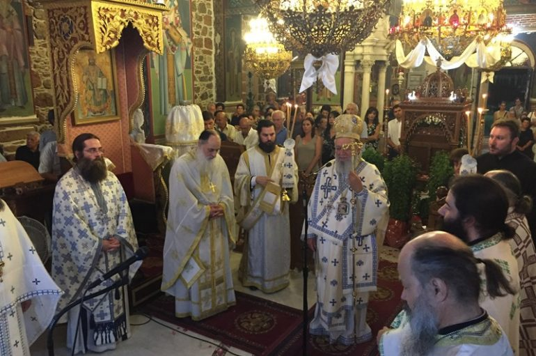 Προεόρτια Αγρυπνία για την Κοίμηση της Θεοτόκου στην Ι. Μ. Χαλκίδος (ΦΩΤΟ)