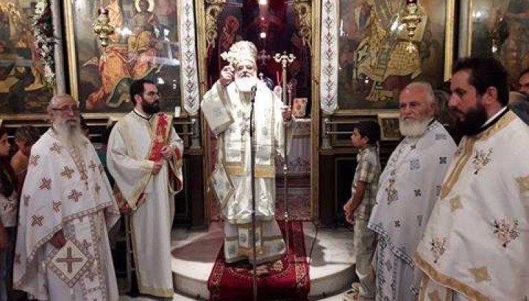 Λαμπρός ο εορτασμός της Κοίμησης της Θεοτόκου στο Αίγιο (ΦΩΤΟ)
