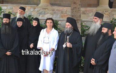 Η Υπουργός Πολιτισμού Λ. Κονιόρδου επισκέφθηκε τα Μετέωρα (ΦΩΤΟ)