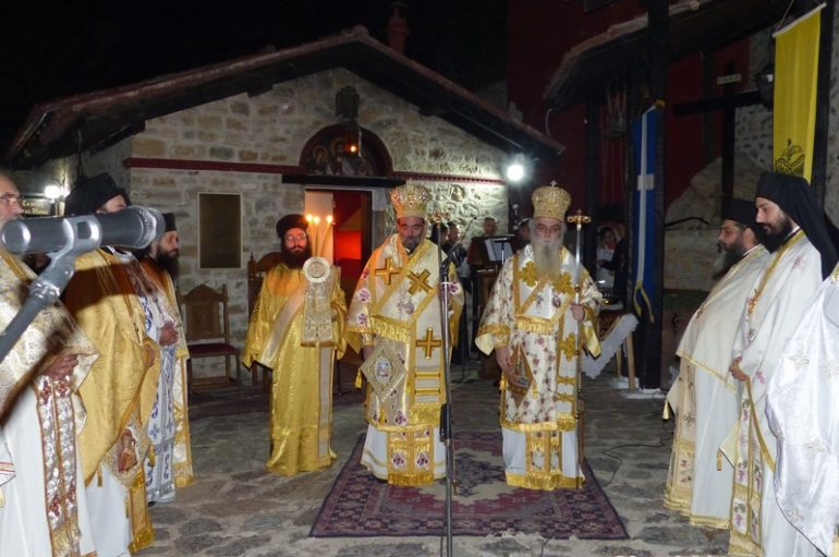 Αγρυπνία στο Μοναστήρι της Παναγίας Μαυριώτισσας (ΦΩΤΟ – ΒΙΝΤΕΟ)