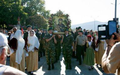 Η εικόνα της Παναγίας Τριχερούσας στο Σταυρό Θεσσαλονίκης (ΦΩΤΟ)