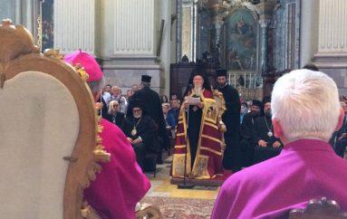 Πατριαρχική χοροστασία στον Καθεδρικό Ιερό Ναό Αγίου Πέτρου Μπολόνια (ΦΩΤΟ)