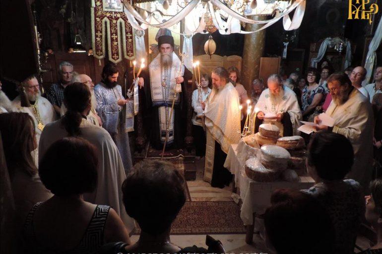 Εσπερινός Γενεσίου της Θεοτόκου στην Ι. Μονή Κάτω Παναγιάς Άρτης (ΦΩΤΟ)