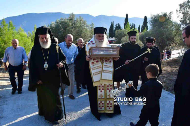 Η Αργολίδα υποδέχθηκε την δεξιά χείρα του Αγίου Νεκταρίου (ΦΩΤΟ – ΒΙΝΤΕΟ)