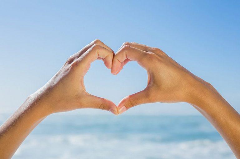 """""""Η καρδιά ως μέσο επικοινωνίας"""" του Καθηγουμένου της Ι. Μονής Εσφιγμένου"""