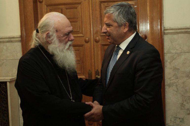 Συνάντηση Αρχιεπισκόπου με τον πρόεδρο της ΚΕΔΕ (ΦΩΤΟ)