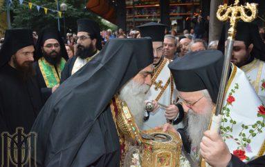 Η Θεσσαλονίκη υποδέχθηκε την Τιμία Κάρα του Αγ. Παντελεήμονος (ΦΩΤΟ)
