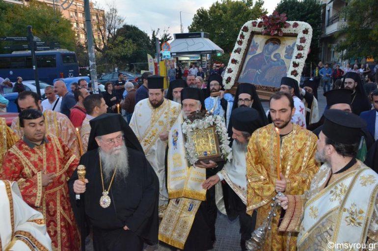 Η Θεσσαλονίκη υποδέχθηκε την Παναγία την Κανάλα από την Κύθνο (ΦΩΤΟ)