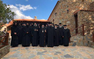 Ο Μητροπολίτης Πατρών στις Ι. Μονές Αγίου Ηρακλειδίου και Παναγίας Μαχαιρά