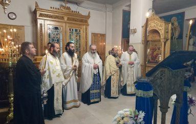 Αγρυπνία του Αγίου Γεωργίου στην πόλη του Αγρινίου (ΦΩΤΟ)