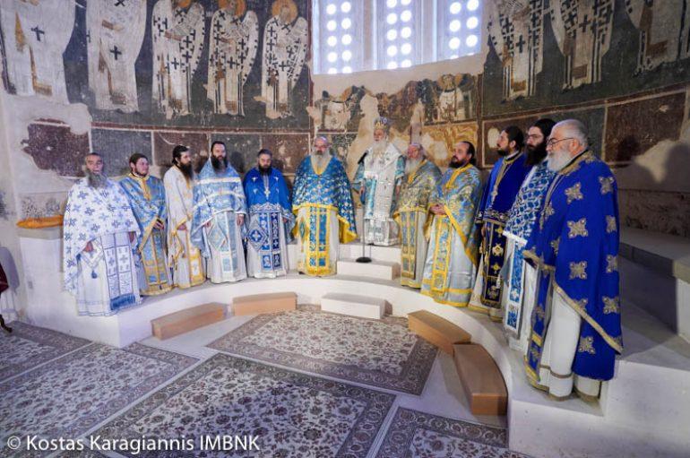 H εορτή των Εισοδίων της Θεοτόκου στην Παλαιά Μητρόπολη Βεροίας (ΦΩΤΟ)
