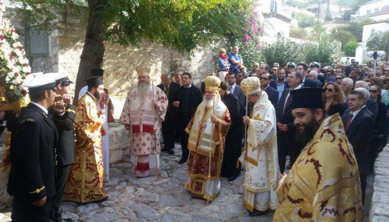 Η Ύδρα εόρτασε τη μνήμη του Πολιούχου της Αγίου Κωνσταντίνου (ΦΩΤΟ)