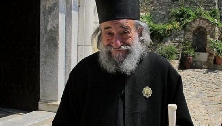 «Μην Μπερδεύετε τα Καζάνια» του Καθηγουμένου της Ι. Μ. Δοχειαρίου