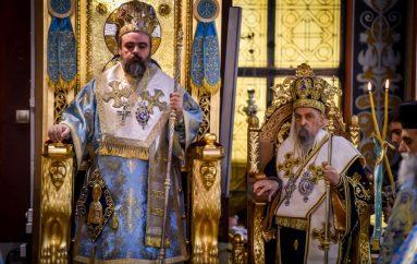 Με λαμπρότητα η Λάρισα τίμησε τον Άγιο Νικόλαο (ΦΩΤΟ)