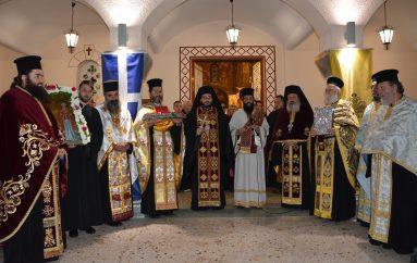 Πλήθος πιστών στην Λιτανεία της Αγίας Βαρβάρας στην Τρίπολη (ΦΩΤΟ)