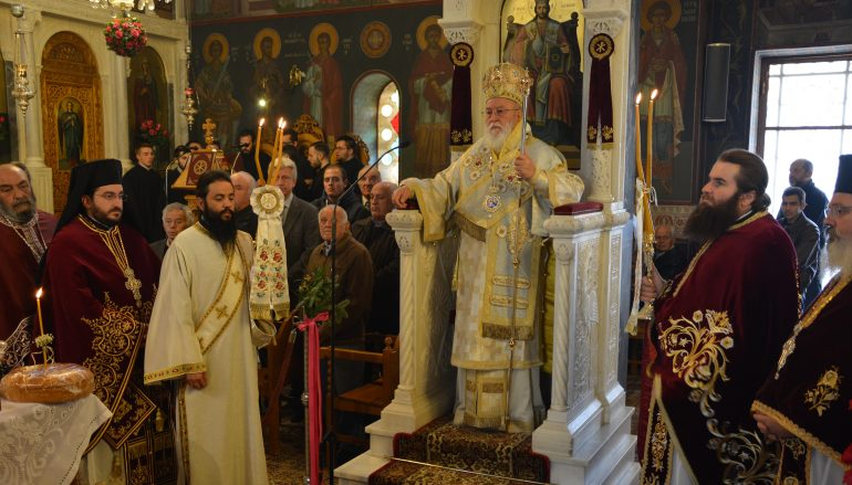 Με λαμπρότητα πανηγύρισε ο Ι. Ναός Αγίας Βαρβάρας Τρίπολης (ΦΩΤΟ)