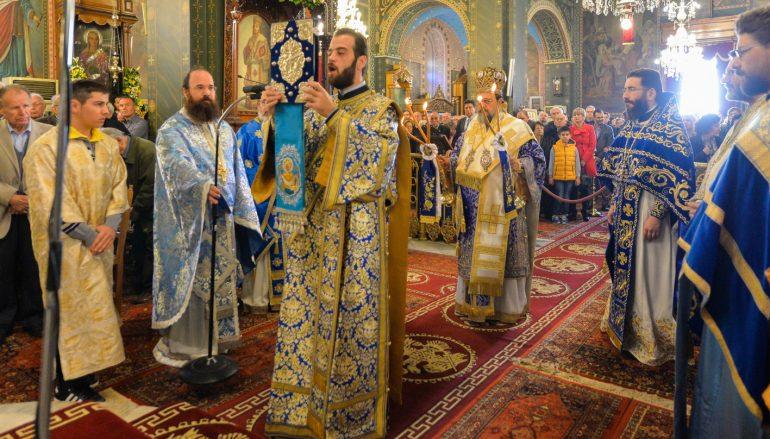 Λαμπρός ο εορτασμός του Αγίου Νικολάου στην Καλαμάτα (ΦΩΤΟ)