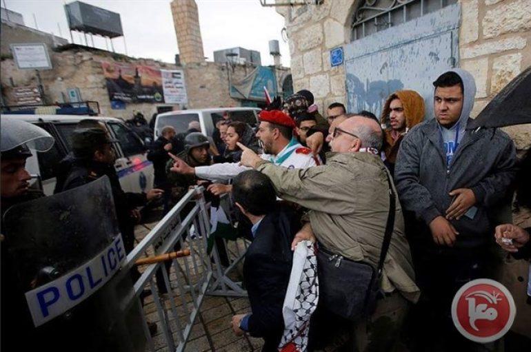 Επίθεση διαδηλωτών κατά του Πατριάρχη Ιεροσολύμων Θεοφίλου (ΒΙΝΤΕΟ)